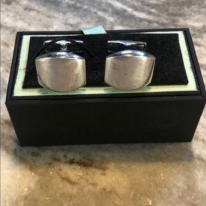 Ravi Ratan 925 Sterling Silver men's cuff links!